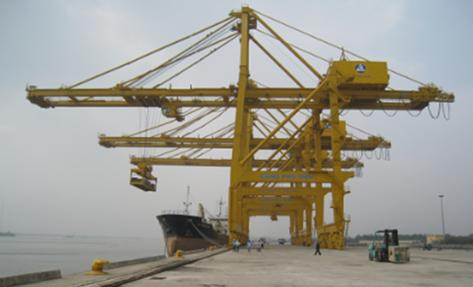 Cung cấp và lắp dựng cần cẩu cảng Phú Hữu